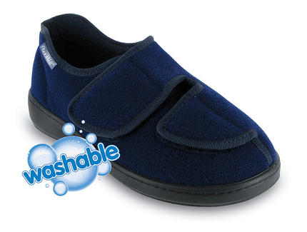 Athos wide fit washable closed toe shoe